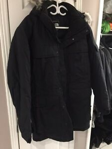 New North Face 3/4 winter coat parka