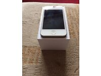Boxed iPhone 4S 8gb Vodafone network