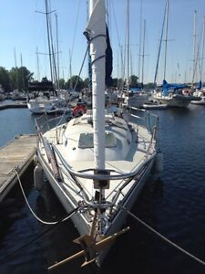 Voilier 33 pieds sloop tall rig