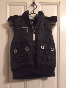 Vest with furry hood London Ontario image 1