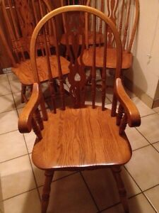 5 oak dining chairs(1 captain + 4 no arm)