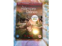 Vampire diaries complete first season