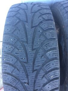 4 Used Winter Tires - P215/65R17 98T