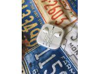 Earphones Apple IPod Brand New Unopened