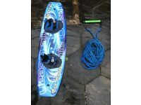 AIRPROFILE WAKEBOARD WITH ROPE AND BOOTS