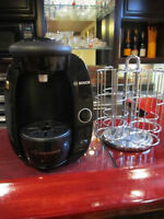 BLACK TASSIMO WITH T-DISC CAROUSEL