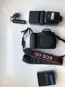 CANON 60D body with accessories