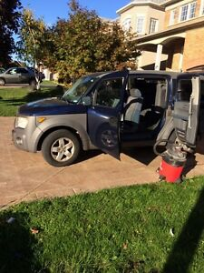 2003 Honda Element awd sunrooof
