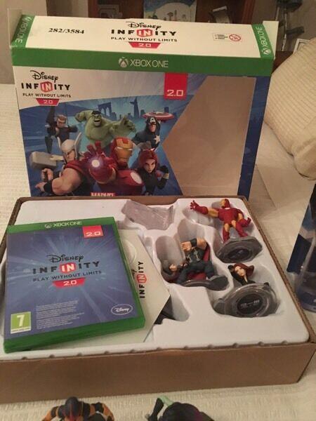 Disney infinity 2.0 Avengers xboxone bundle