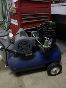 Two cylinder air compressor