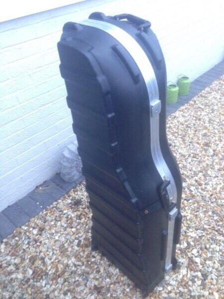 SKB golf bag travel case