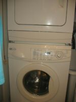"""Mini Laveuse sécheuse frontal 24 """" superposer MAYTAG"""