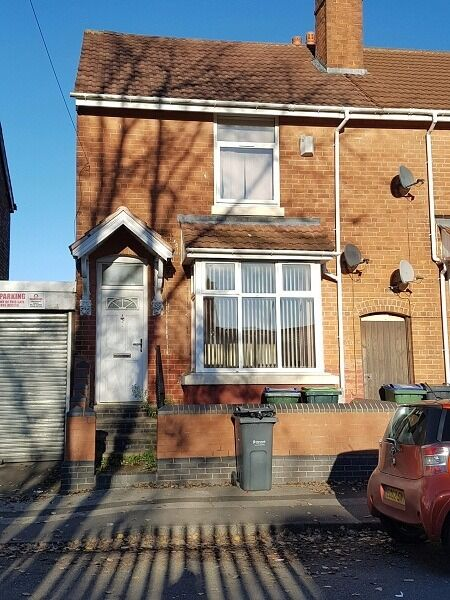 *BCH*-Fully Furnished 3 Bed Terraced Home-Grange Rd, Smethwick-Opposite Shireland Collegiate Academy