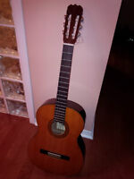 El  Degas, Model: CL 43 Guitar w/ case