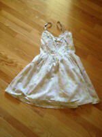 H&M Baby Doll Floral Print Dress! Size 6