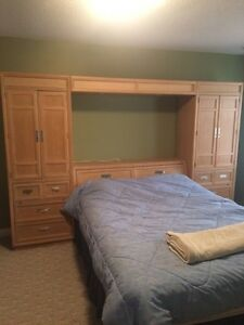 Queen bedroom set Stanley brand solid wood