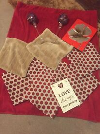 Red and cream homeware bundle