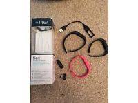 Fitbit Flex - Pink and Black