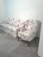 Sofa and Chair Floral Pattern (made by Superstyle/Simmons)