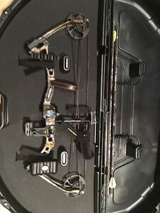 Bear Apprentice 2 Compound Bow Package