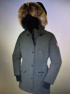 Women's  Canada goose size XL