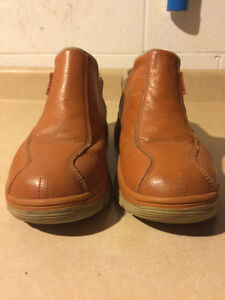 Men's Gravis Slip-On Shoes Size 11 London Ontario image 2