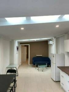 CLAYTON NEW & FULLY FURNISHED 1 Bedroom Unit STUDIO FOR Couple!!!