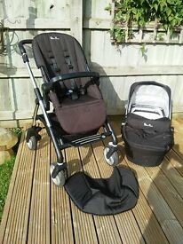 Silver Cross Wayfarer pushchair chassis, seat and carry cot.
