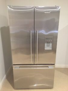614L French Door fridge - Fisher & Paykel South Penrith Penrith Area Preview