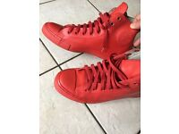 Red rubber converse uk9