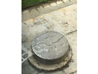 "12 x Round Paving Slabs - 15"" diameter"