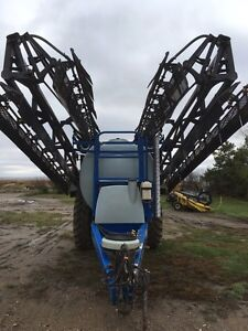 2007 New Holland sf 216 Moose Jaw Regina Area image 4
