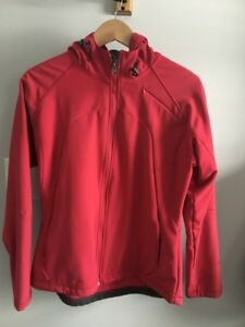 Woman's medium running jacket.