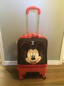 HEYS Mickey Mouse suitcase