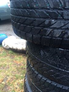 Toyo winter tires for sale 130$ 225-55-16 West Island Greater Montréal image 2