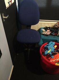Computer chair, very good condition