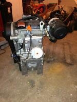 Moteur essence Lombardini et pieces moteur weber
