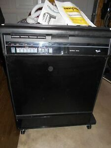 Whirlpool Dishwasher Works Great Bought in 2001 Smoke Free House