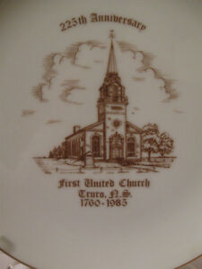 VINTAGE COMMEMORATIVE 225th ANNIVERSARY FIRST UNITED CHURCH PLAT