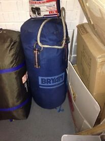Bryan Punch Bag with new Lonsdale Bag Mitts