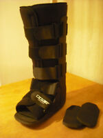 Medical Walking Boot for Ankle Fracture, L/R foot, Size M