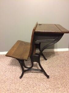 Antique school desk  Kitchener / Waterloo Kitchener Area image 1