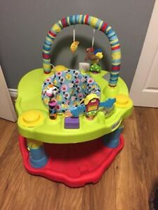 Exersaucer- baby-sit-activity-table