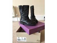 Girls leather boots from Clarks - Size 10 1/2 G