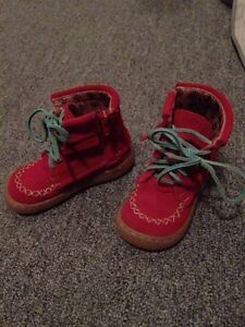 Size 8 toddler boots