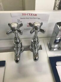 Ex-Display Dawlish short nose basin taps