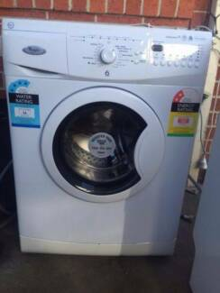 great working 5.5 kg whirlpool front washing machine , can delive