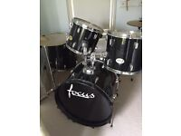 Full sized FOCUS DRUM KIT