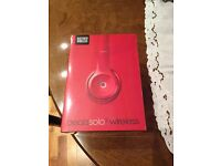 Solo 2 Wireless Beats by Dre (Red)