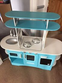 Children's play kitchen from early learning centre